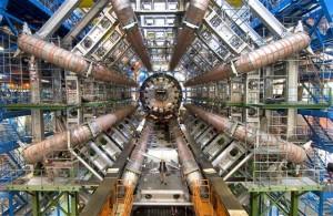 På laboratoriet CERN i Schweitz fandt fysikerne Higgs partikel tidligere i år, og finder de ikke flere nye partikler, vil Higgs partikel rive Universet i stykker. Foto: CERN