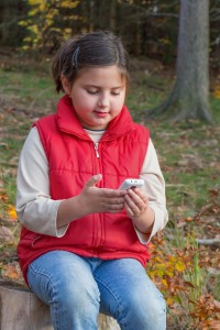 Hvis det kniber med at forstå elektronikken, så spørg ungerne. De har godt styr på det. Foto: Arkiv