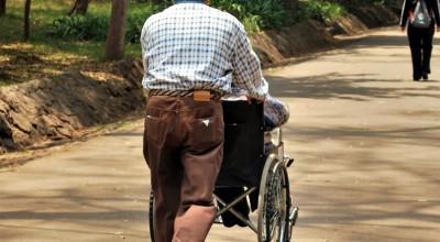 Glade mennesker holder sig bedre både målt i, hvad de kan og hvor gamle de bliver. Foto: Morguefile